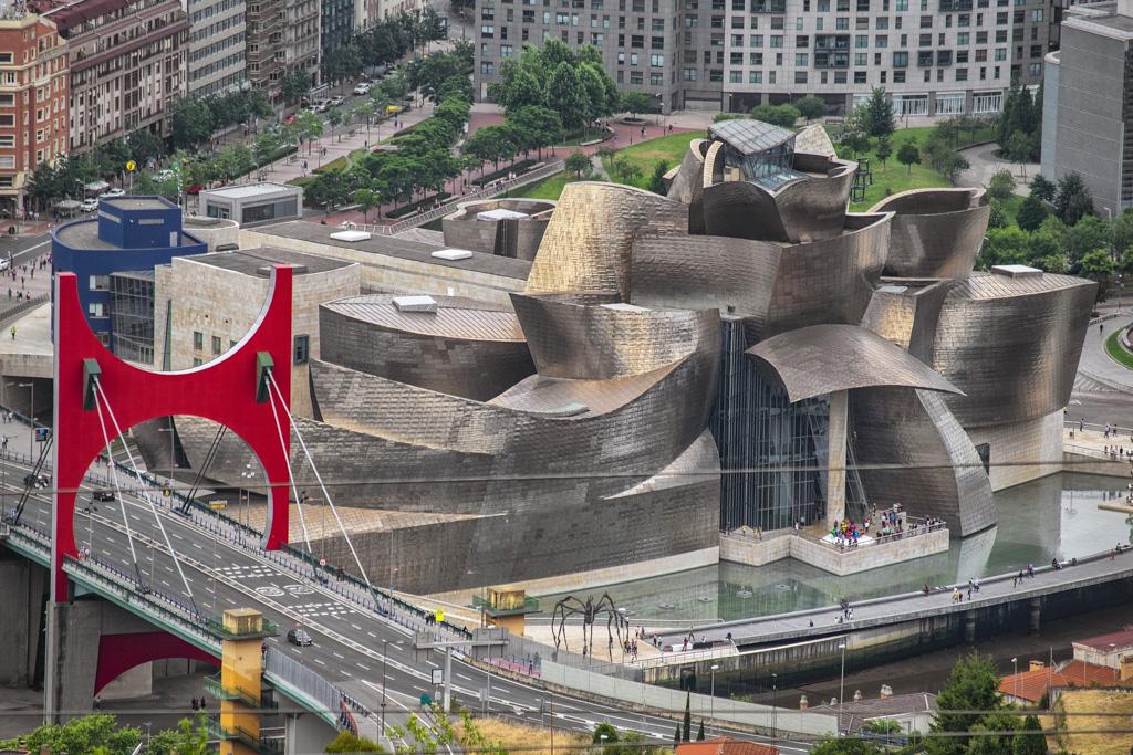 Guggenheim Museum | Local Photo Tour