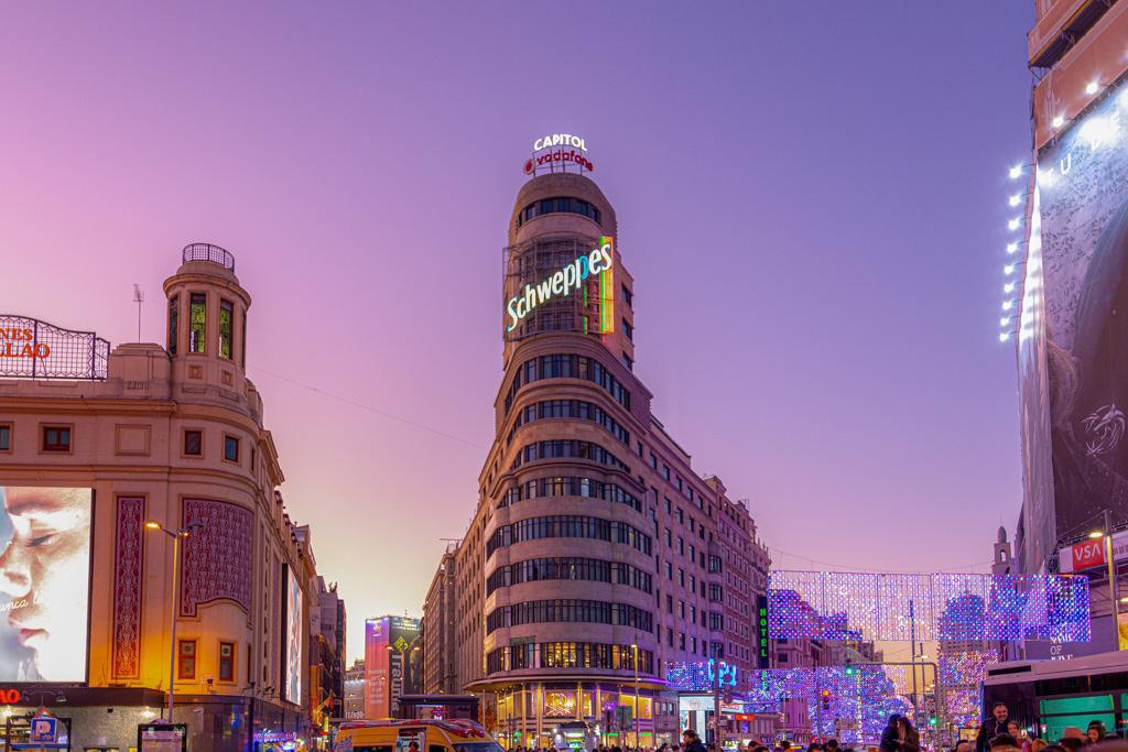 Gran Via & Sol & Plaza Mayor | Local Photo Tours